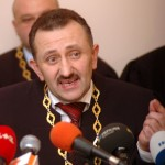Суддя-колядник Зварич вийшов на свободу